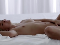 dark brown orgasms with her fingers glamorous